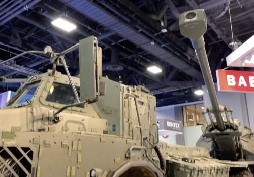 Walkaround of BAE Systems' ARCHER Mobile 155mm Howitzer